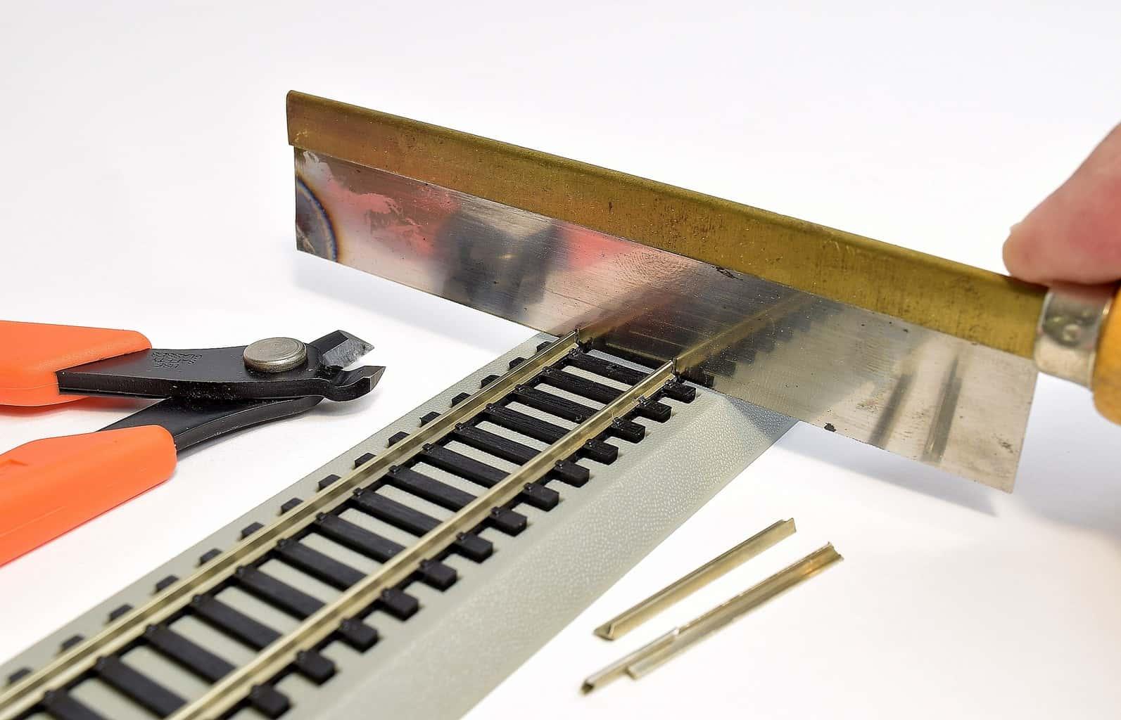 Model Railroad Track: A Beginners Guide to Rail Cutting