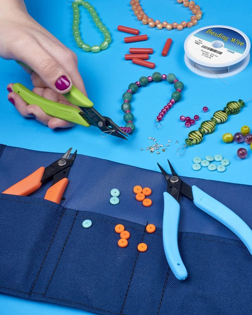 Xuron® TK 2600 Bead Stringer's Tool Kit for making beaded jewelry.